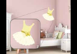 Adesivo de Parede - Bailarina Vestido Amarelo